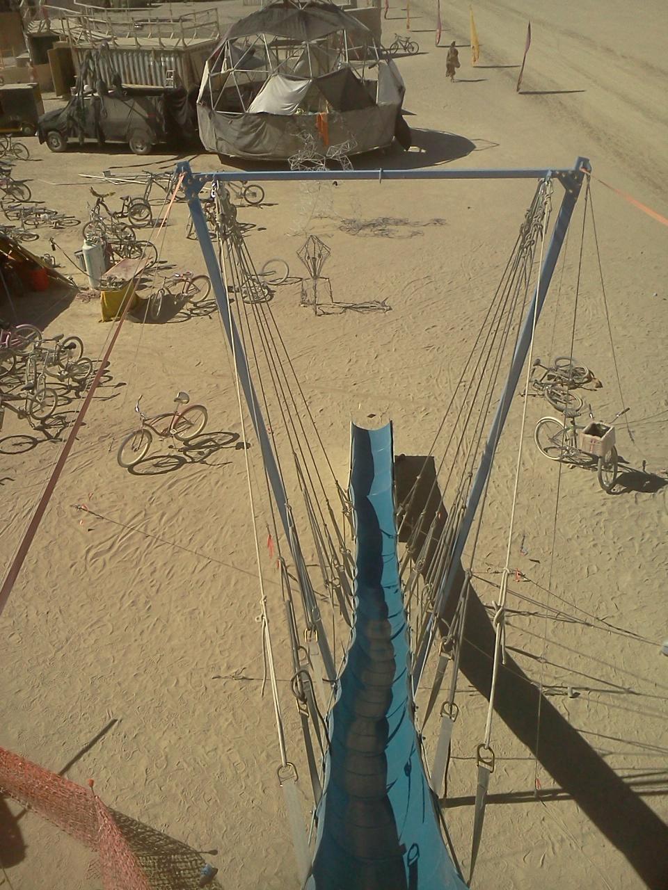 Looking down pre-slde
